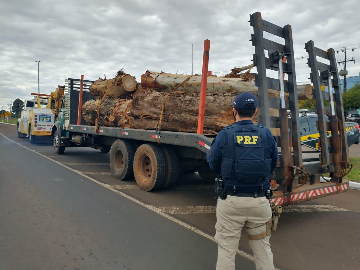 318 toneladas de excesso de peso foram retiradas de circulação nas rodovias federais do Paraná