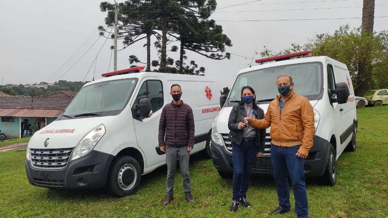 Saúde de Castro recebeu duas novas ambulâncias