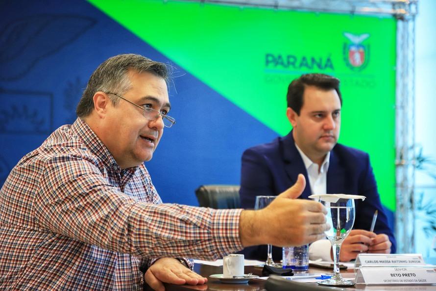 Paraná firma pacto com municípios para acelerar o ritmo da vacinação contra a Covid-19