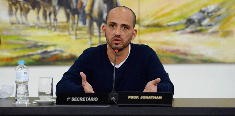 Legislativo de Castro tem novo secretário