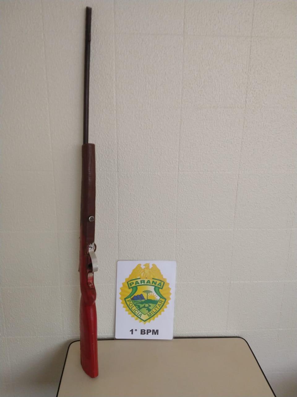 Mulher é detida com arma de fogo artesanal