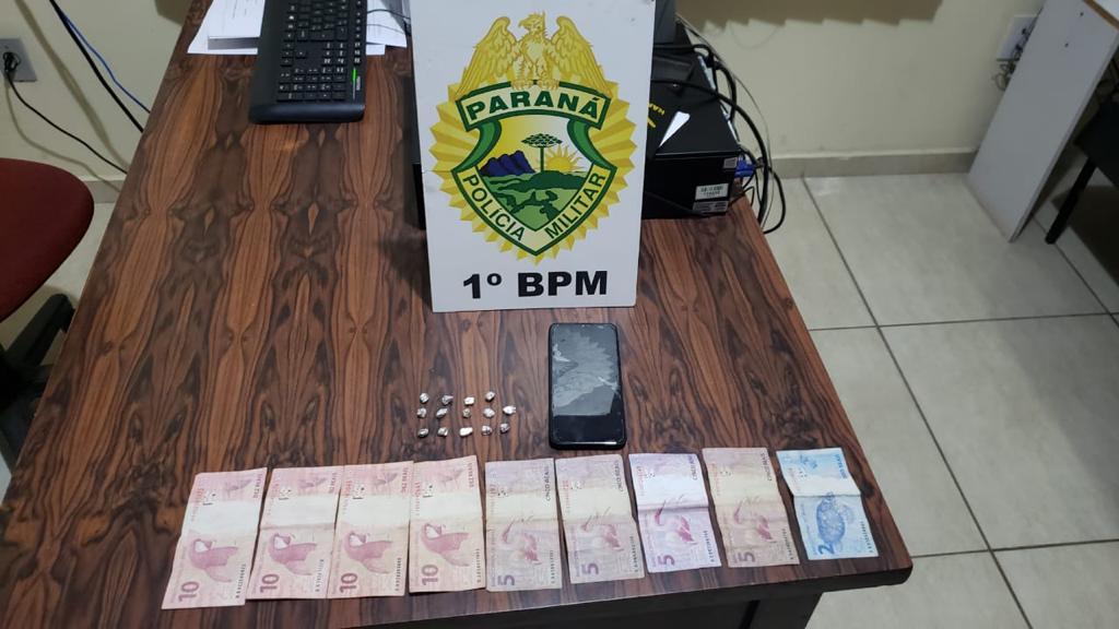 PM prende rapaz com 14 pedras de crack