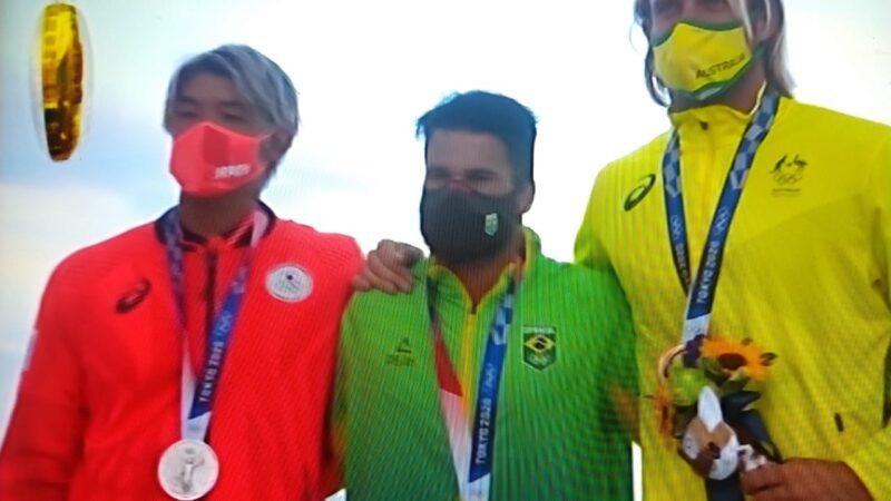 Olimpíadas de Tóquio: Italo Ferreira vence japonês e traz o ouro no surfe