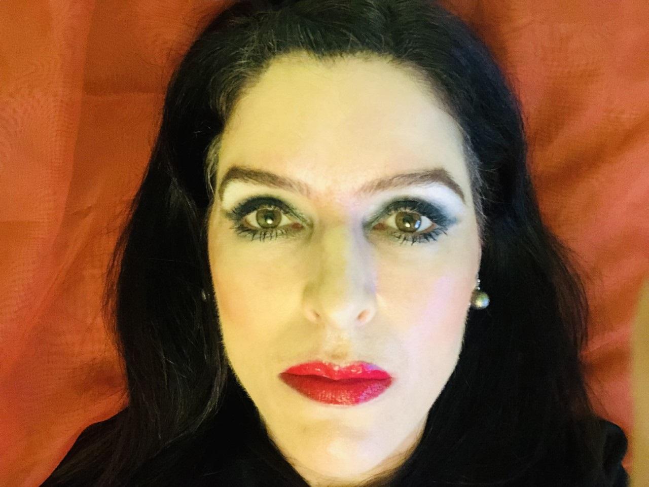 Renata Regis Florisbelo