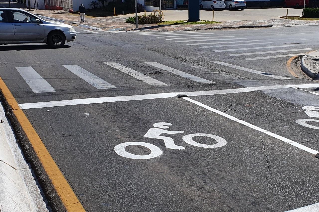 AMTT inicia implantação de faixas de recuo para ciclista e motociclistas em Ponta Grossa