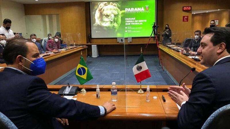 Ratinho Junior apresenta políticas de desenvolvimento sustentável a prefeitos mexicanos