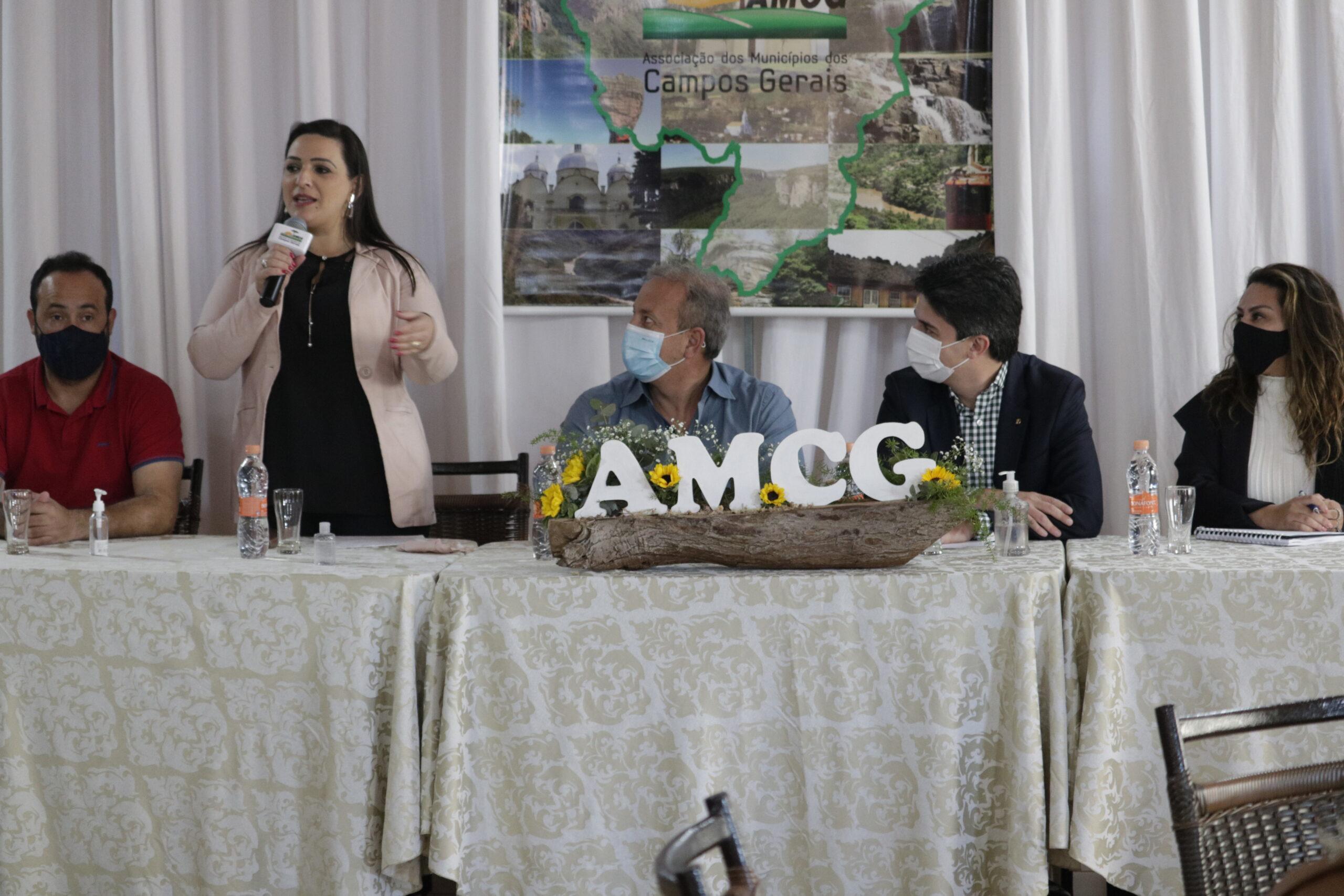Secretário Valdemar Bernardo Jorge realizou primeira oficina na AMCG