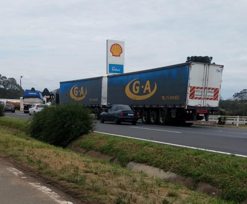 Greve dos caminhoneiros não ganha força na região
