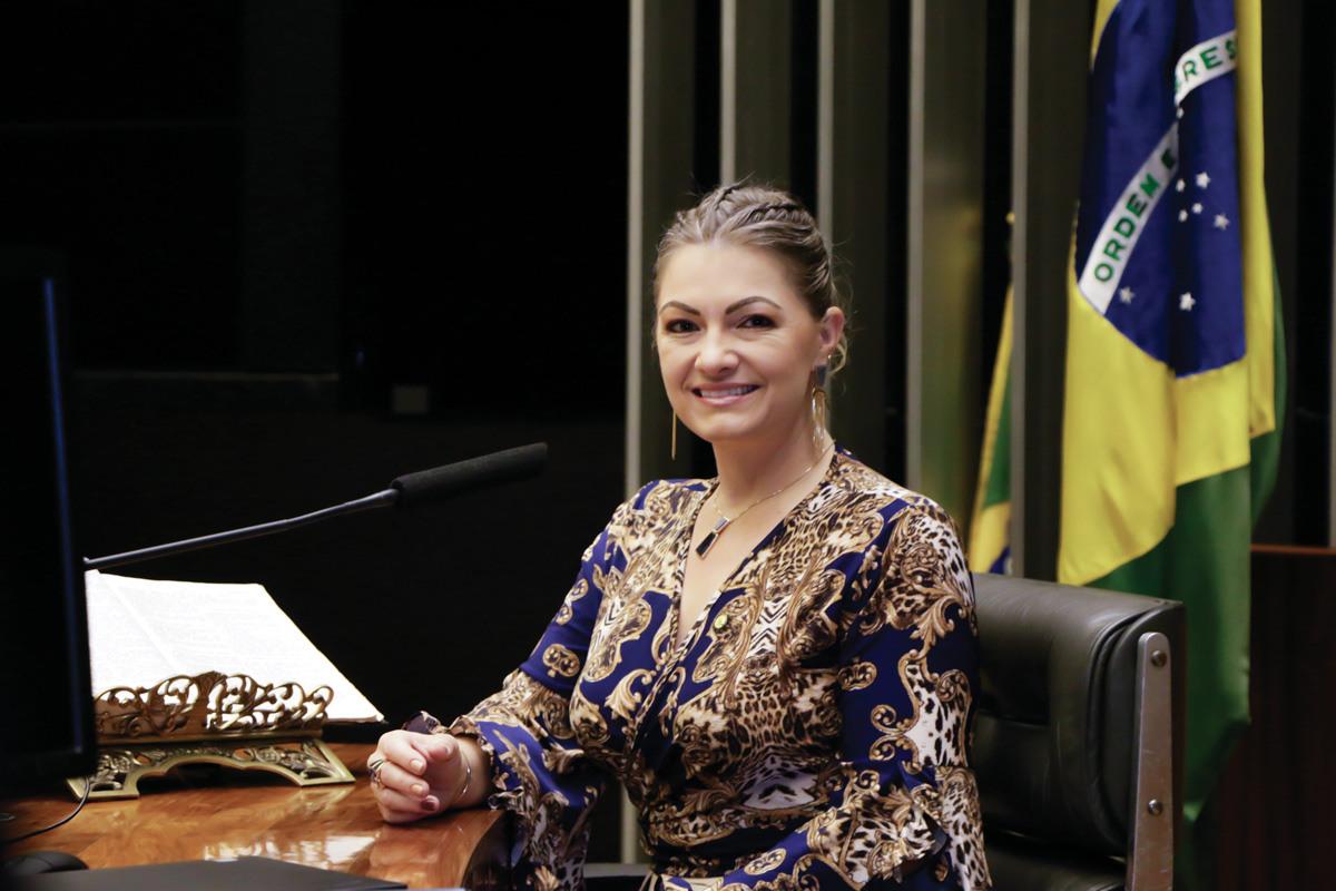 Deputada federal Aline Sleutjes recebe indicação Cidadania Honorária de Piraí do Sul