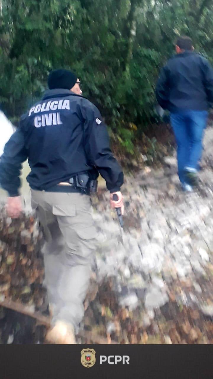 Polícia Civil de Castro prende mulher condenada por tráfico de drogas