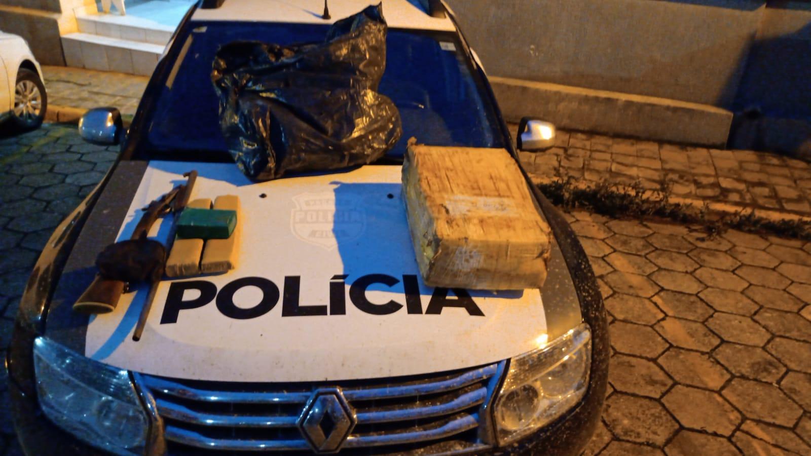 Civil prende homem e apreende 25 quilos de maconha em Piraí do Sul