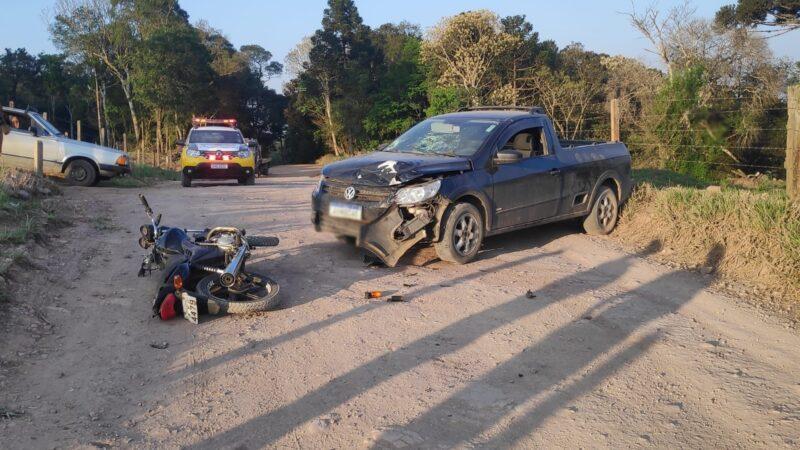 Adolescente fica ferido em acidente na estrada do Guararema