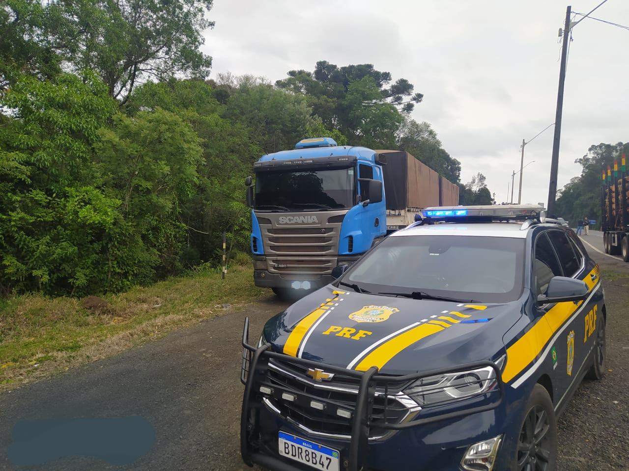 PRF prende dois por roubo a caminhão