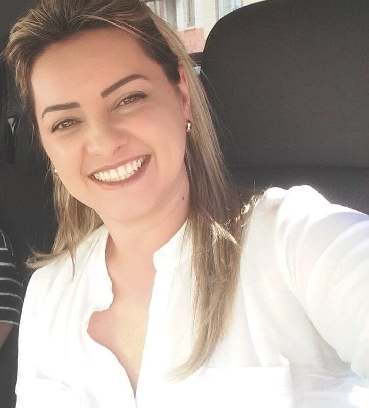 Pauline Flores