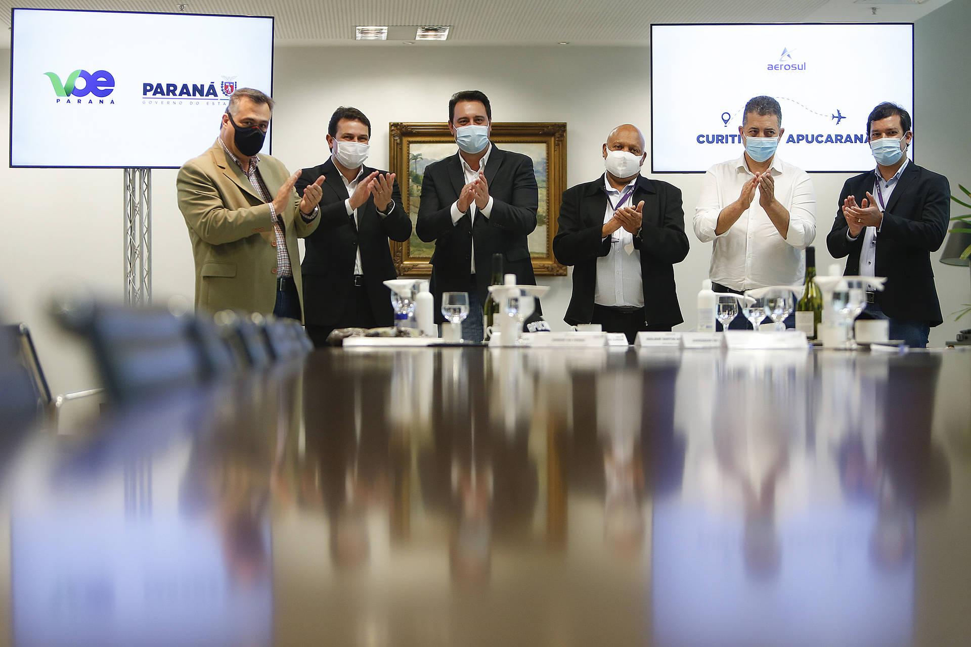 Governador confirma que o programa Voe Paraná retorna ainda em setembro