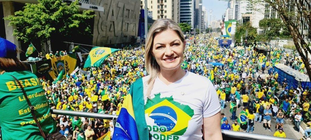 Milhares de pessoas foram às ruas no 7 de setembro
