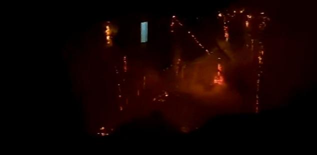 Incêndio destrói meia-água nas proximidades da linha do trem em Castro