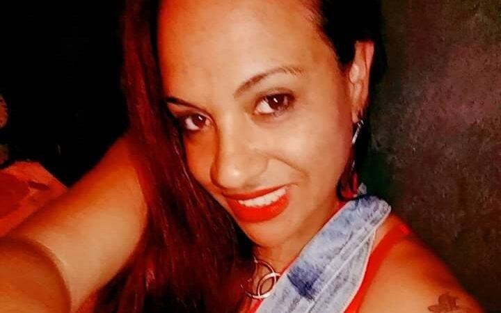 Feminicídio: Mulher esfaqueada pelo ex-marido morre em hospital