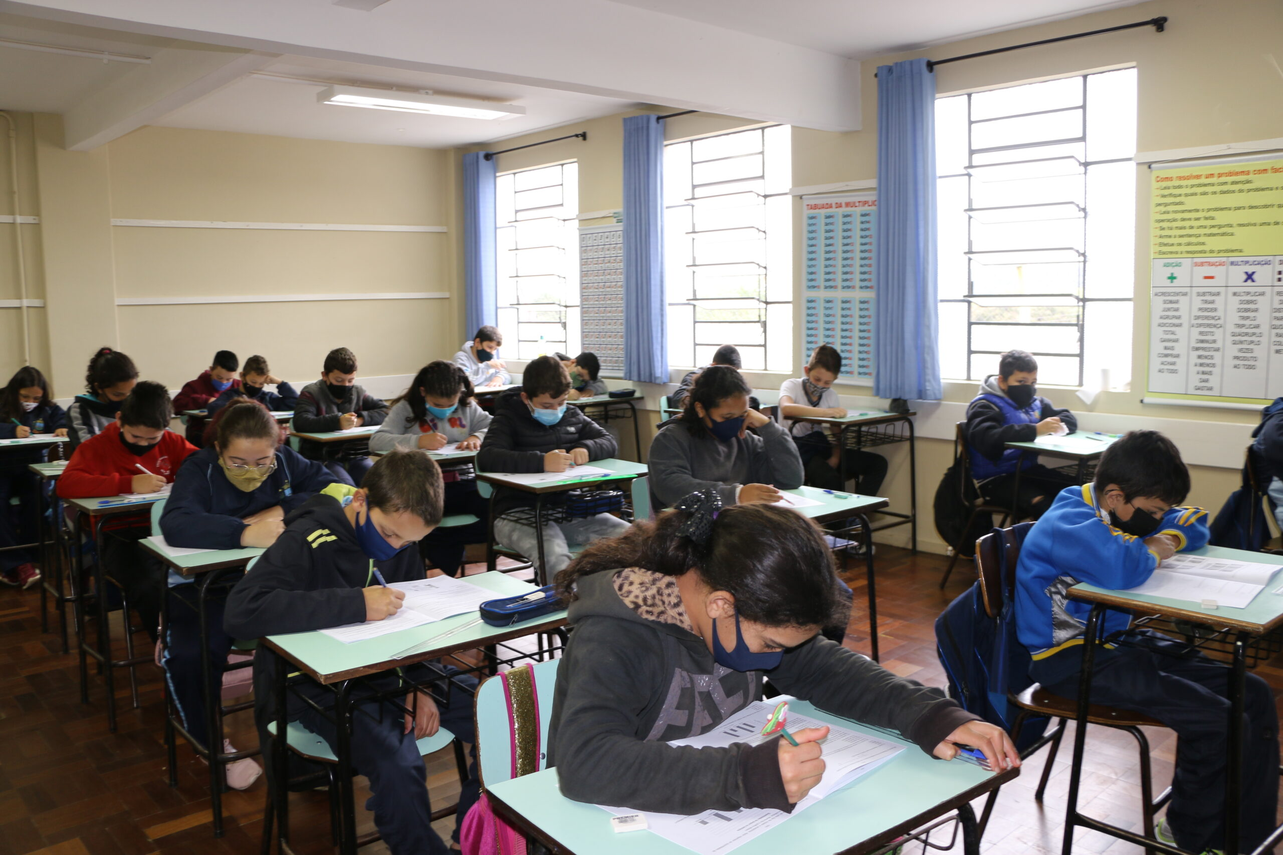 Escolas municipais de Castro aplicam Prova Paraná