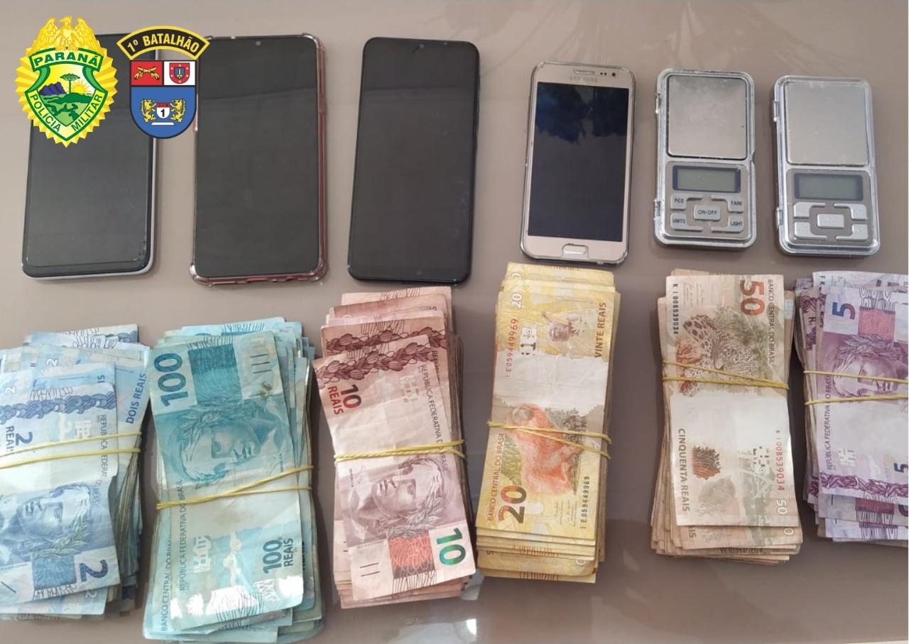 Operação da PM que combate ameaça a policiais, apreende mais de R$ 18 mil na região; veja vídeo