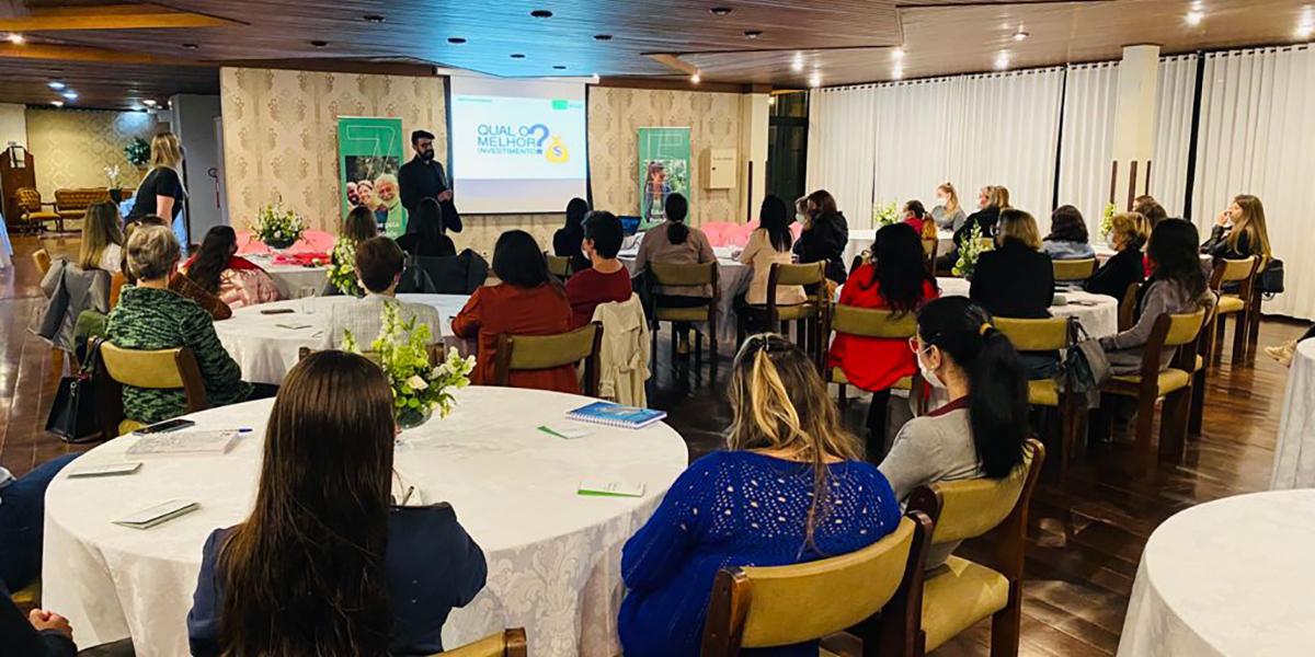 Comissão de Mulheres da Castrolanda e Sicredi promovem evento sobre educação financeira