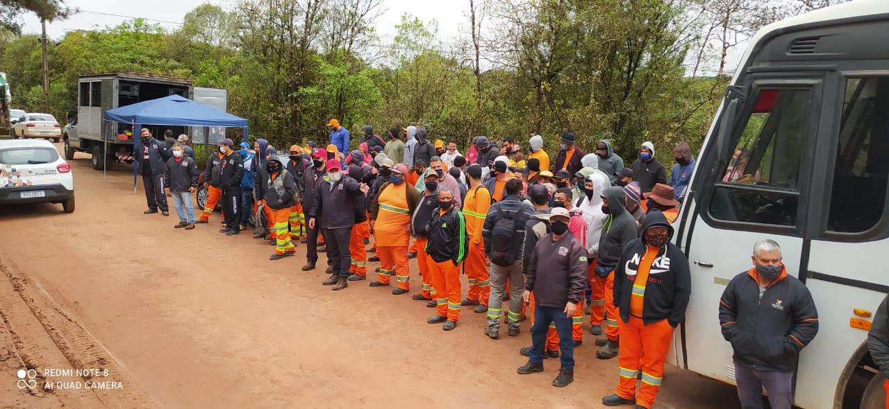 Trabalhadores do Contorno Norte entram em greve e Sindicato acusa empresa de atos desumanos