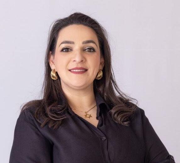 Elisangela embarca com prefeitos para Dubai e cumpre agenda em Kizad com executivos da BRF