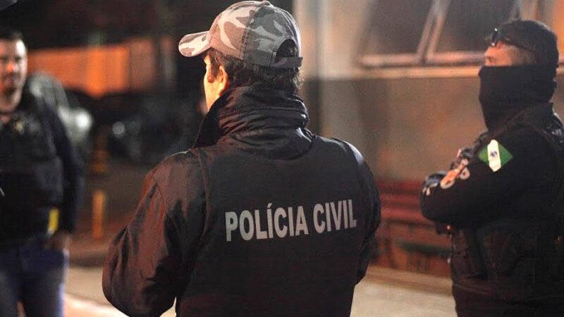 Polícia Civil prende oito pessoas ligadas ao tráfico de drogas em seis cidades do Paraná