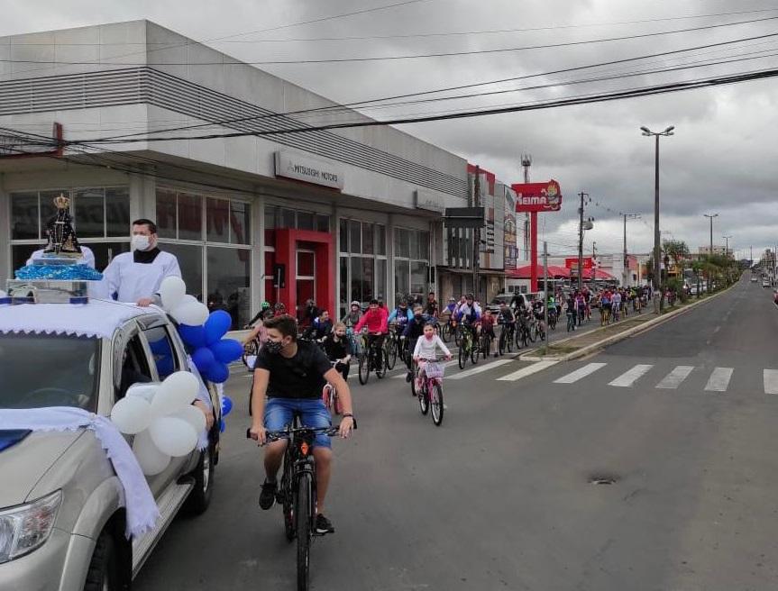 Passeio da padroeira reuniu 150 ciclistas em Ponta Grossa